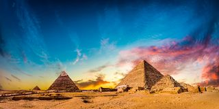Grandes pirâmides de Giza fotografia de stock