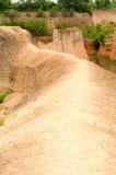 Grandes reservatórios e monte alto em Tailândia fotografia de stock royalty free