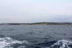 Grandes roches et mer Méditerranée, Gozo, République de Malte Photo libre de droits