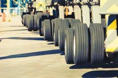 Grandes roues de véhicule lourd Photo libre de droits