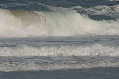 Grandes vagues. Photographie stock