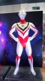 Grandeur nature du modèle d'Ultraman GAÏA est le tiers étant ultra des productions de Tsuburaya, montrant au festival du Japon photos stock