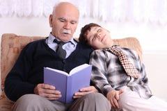 grandfather внук Стоковые Фотографии RF