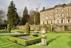 Grandi casa di campagna e giardino inglesi Fotografia Stock Libera da Diritti