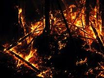 Grandi fiamme sul quadrato Fotografie Stock