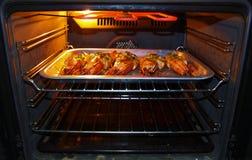 Grandi gamberetti che cuociono forno Fotografie Stock