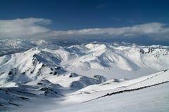 Grandi montagne con neve Immagini Stock