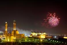 Grandi moschea e fuochi d'artificio Immagini Stock