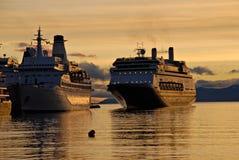 Grandi navi di passeggero in Ushuaia. Fotografia Stock