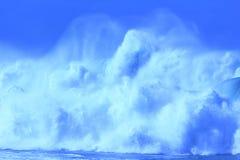 Grandi onde dell'azzurro Fotografia Stock Libera da Diritti