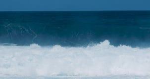 Grandi onde nell'oceano video d archivio