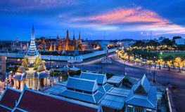 Grandi palazzo, Wat Phra Kaew e LAK Mueang, Bangkok, punto di riferimento di Fotografie Stock