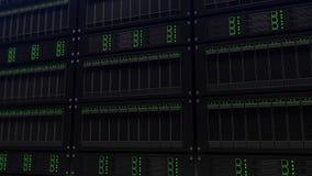 Grandi scaffali del server, fuoco basso Ricerca e concetto di affari dell'IT rappresentazione 3d Fotografia Stock Libera da Diritti