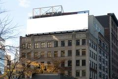 Grandi tabelloni per le affissioni bianchi e punti di fuoco Fotografie Stock Libere da Diritti