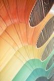 grandi tubi di ventilazione di colore di fabbricato industriale, Immagini Stock Libere da Diritti