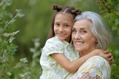 Free Grandmother And Granddaughter Royalty Free Stock Images - 121975349