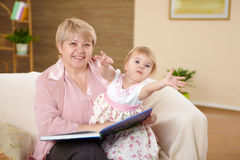 Grandmother and her grandaughter Royalty Free Stock Images