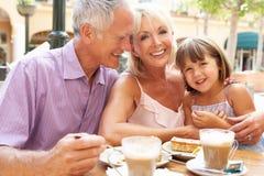 grandparents внучки кафа Стоковые Фото