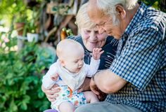 Free Grandparents And Grandson  Happy Smiling Family Met Again Royalty Free Stock Photos - 208733268