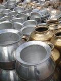 Grands bacs de cuisson et d'eau photographie stock libre de droits