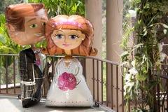 Grands ballons décoratifs de mariage sur un patio Photo stock