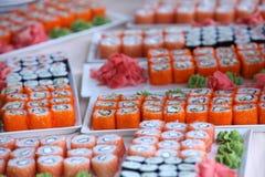 Grands ensembles de sushi Images stock