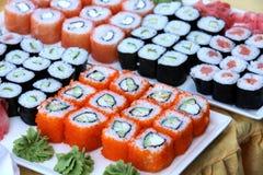 Grands ensembles de sushi Image stock