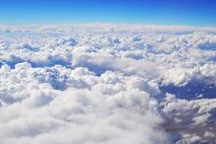 Grands nuages blancs Images libres de droits