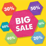 Grands vente et pourcentages dans des hexagones plats grunges de conception Photo stock