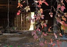 Granero abandonado Imagenes de archivo