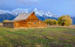 Granero abandonado en la fila mormona, Teton magnífico Fotos de archivo libres de regalías