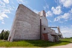 Granero abandonado SK constructiva agrícola Canadá Fotos de archivo libres de regalías