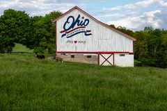 Granero bicentenario rústico de Ohio - Vinton County, Ohio fotografía de archivo