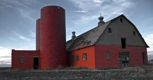 Granero de lechería abandonado Foto de archivo libre de regalías