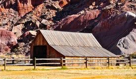 Granero en el parque nacional del filón del capitolio, Utah imagen de archivo libre de regalías