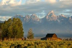Granero histórico en el parque nacional magnífico de Teton Imagen de archivo libre de regalías