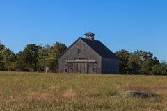 Granero rústico de Nueva Inglaterra fotos de archivo