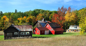 Granero rojo del otoño, dunas del oso el dormir de Michigan Imagenes de archivo