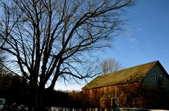 Granero viejo en el NH foto de archivo
