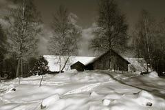 Granero viejo en invierno Fotografía de archivo