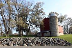Granero viejo en las colinas Michigan de Farmington Foto de archivo