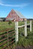 Granero y cerca viejos, Oregon. imagen de archivo libre de regalías