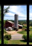 Granero y silo rojos Foto de archivo libre de regalías