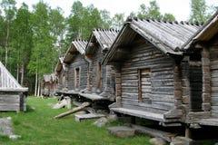 Graneros de los lapones en Arvidsjaur (Suecia) Imágenes de archivo libres de regalías