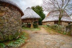 Granery e cabines antigos Fotos de Stock