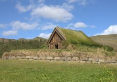 Grange à la ferme médiévale en Islande Photographie stock