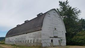 Grange chez Billy Frank Jr Réserve de ressortissant de Nisqually photo stock
