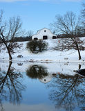Grange de l'hiver Images libres de droits