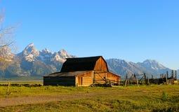 Grange de Moulton dans le Tetons grand Images libres de droits