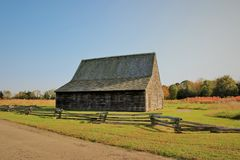 Grange de tabac de Mackall construite en 1785 photographie stock libre de droits